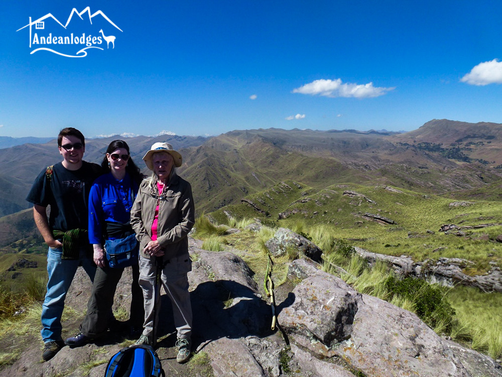 """TREKKING WITH ANDEAN LODGES: THE PATH OF THE AUSANGATE MOUNTAIN """"APU"""""""