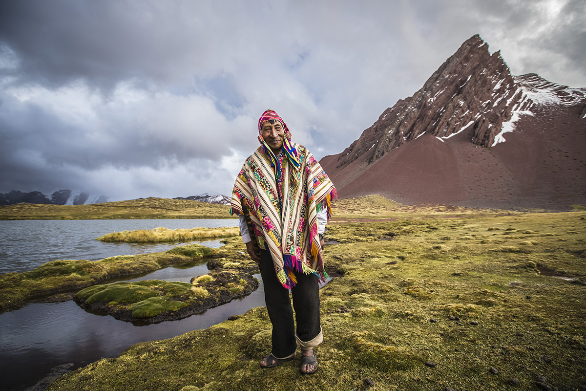 How did the Quechua language spread throughout the Andes?