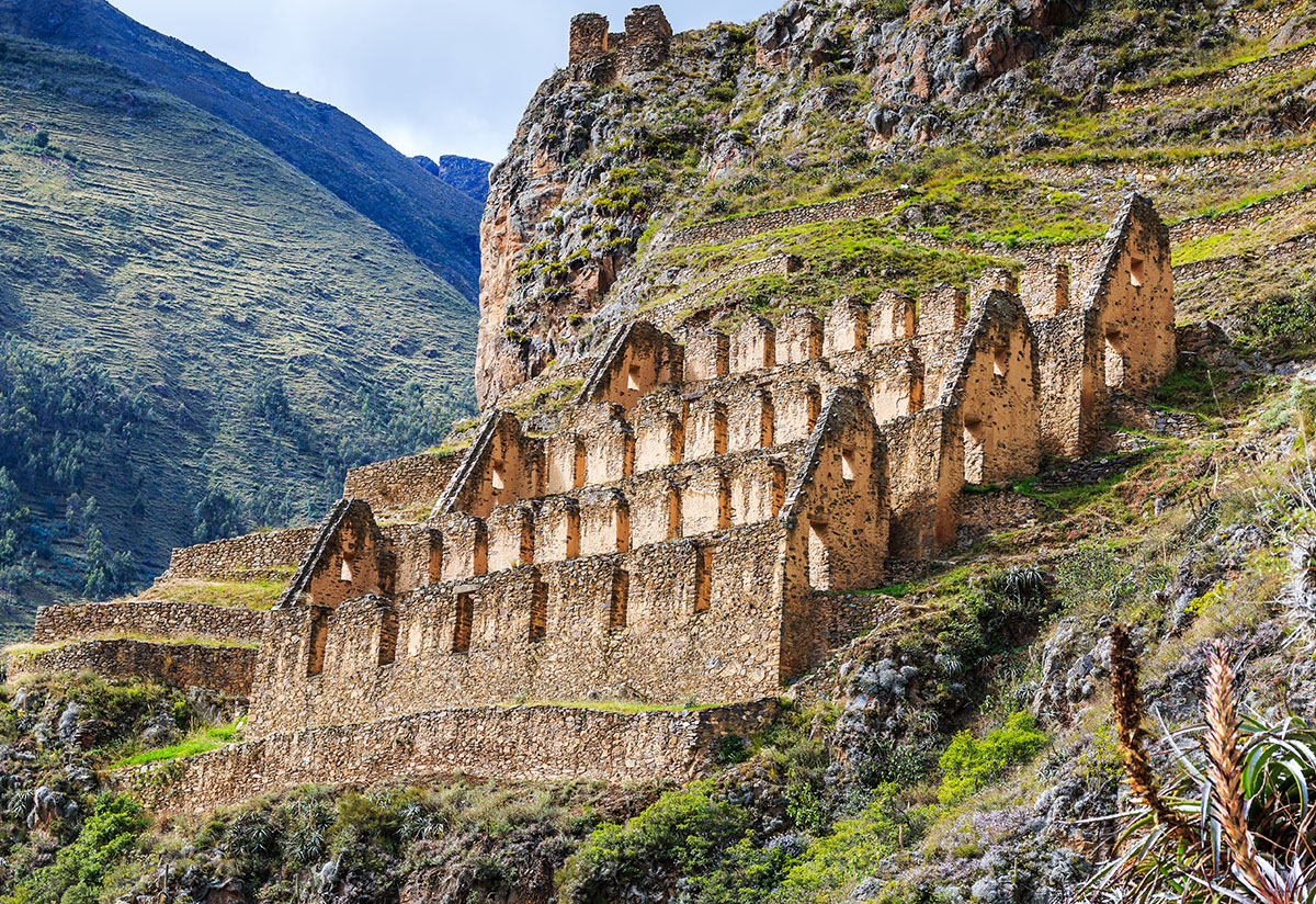 The economy of the Inca Empire: a well organized trading system
